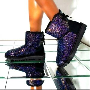Ugg cosmos black, purple with bow booties new in box